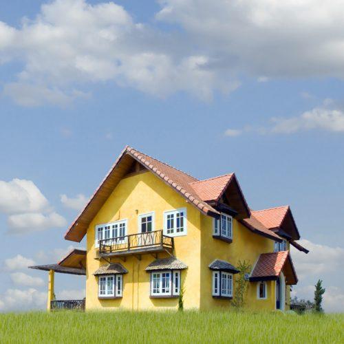 Einfamilienhaus im Gras